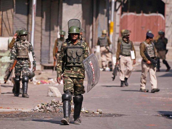 Restrictions in parts of Srinagar, Shopian