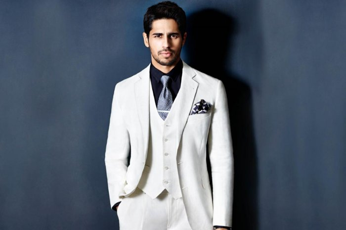 To do just a love story becomes sightly frivolous: Sidharth