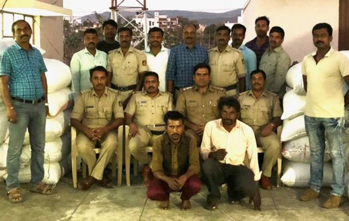 Police nab coffee thieves, recover 27.5 quintals of loot