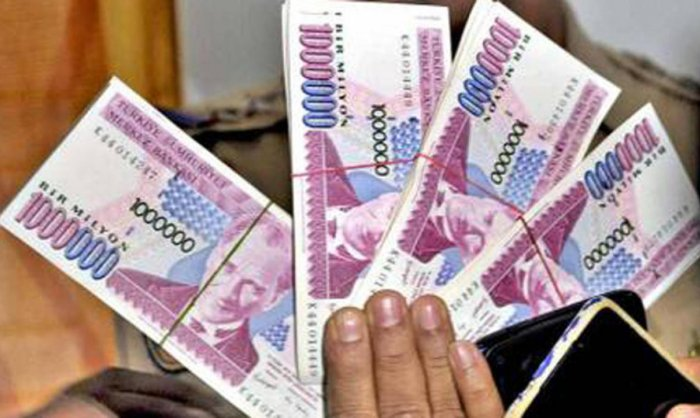 Man tries to sell banned Turkish notes, arrested | Deccan Herald