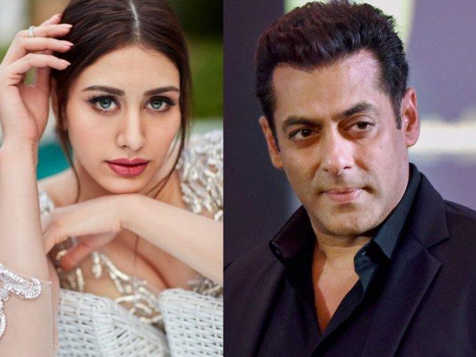 Salman Khan to launch Warina opposite Aayush in 'Loveratri'