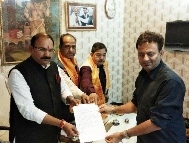 Brahmin outfit withdraws protest against Kangana's 'Manikarnika'