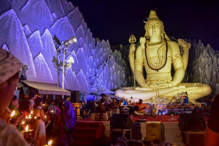City temples mark Mahashivaratri with day-long pujas