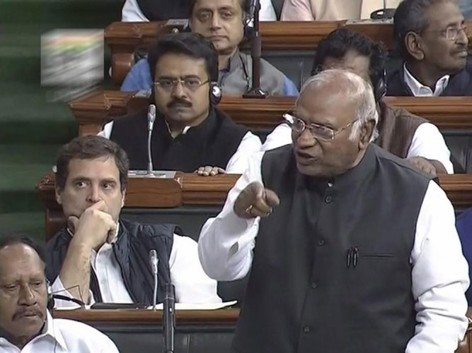 Are Dalits sinners, asks Kharge