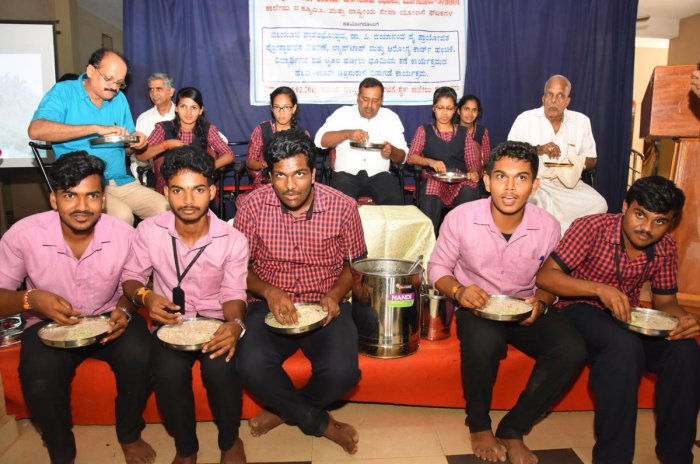 Mangaluru students grow their own rice for midday meals