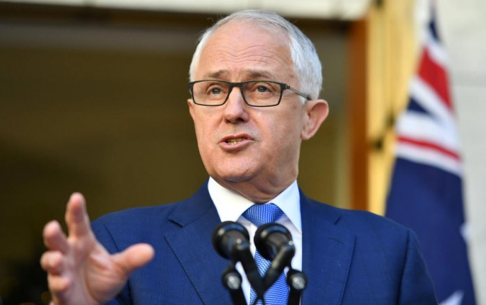 Australian PM to ban affairs between ministers and staff