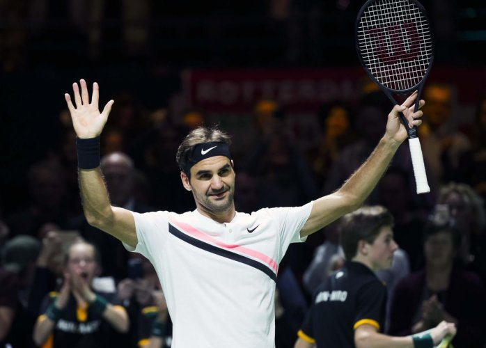 Federer one win from becoming oldest number one