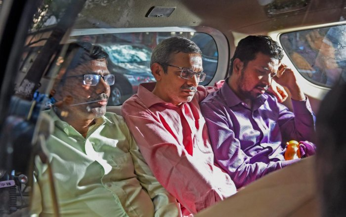 Arrested PNB officials trying to pin blame on Shetty