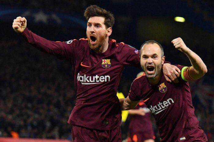 Messi earns fighting draw for Barca