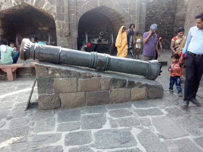 A fort of prestige, money & power