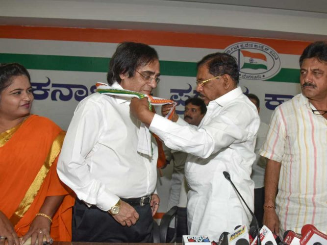 Ahead of polls, Ashok Kheny joins Congress amid dissent in its ranks