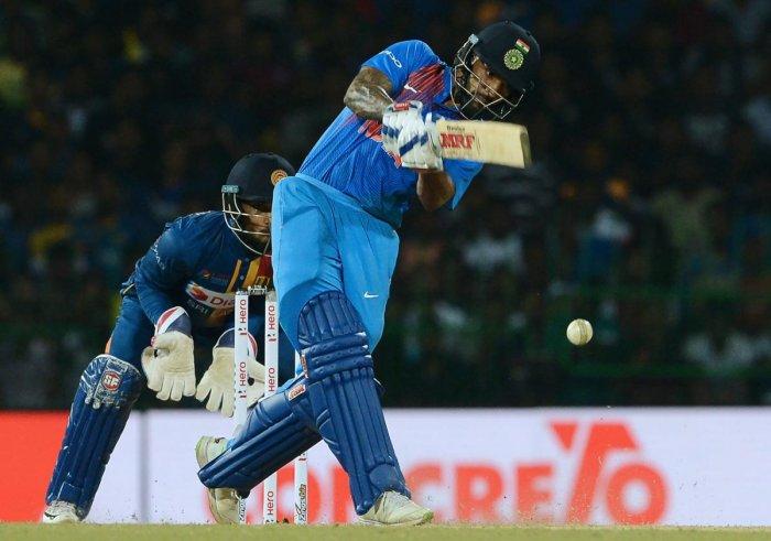 Dhawan 90 takes India to 174/4
