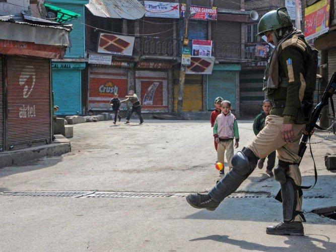 Kashmir shuts to protests against civilian killings