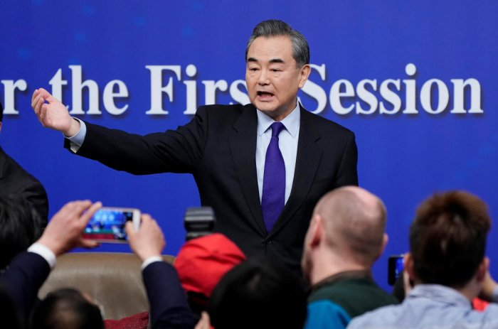 China not trying to 'replace America': foreign minister