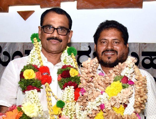Bhasker wins hands down, elected Mayor of Mangaluru
