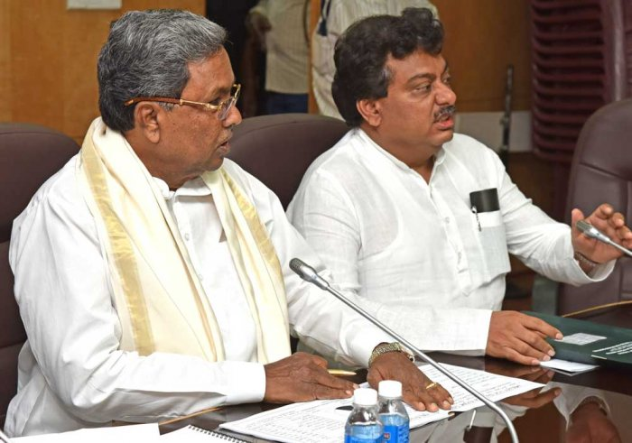 Cabinet defers decision on Lingayat religion as ministers face off