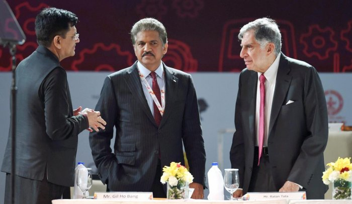 India can stand tall in a trade war: Mahindra