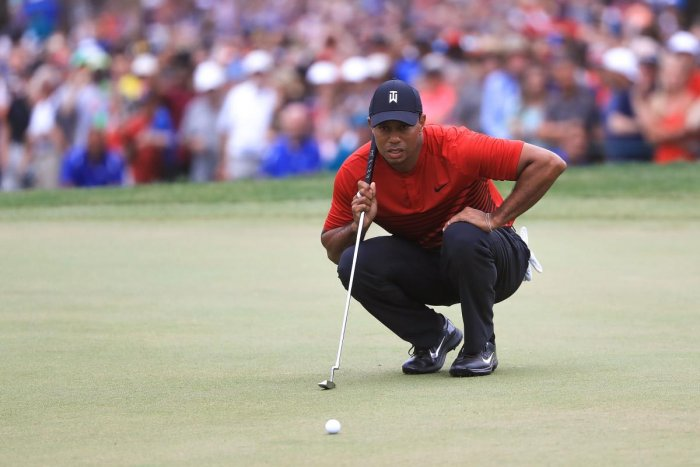 Woods falls just short as Casey wins title