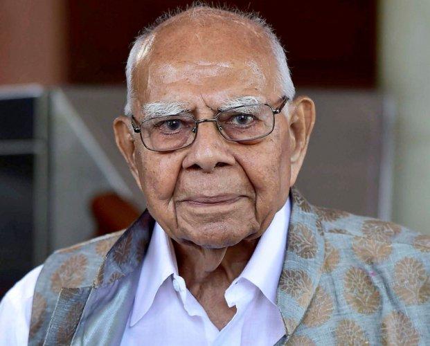 Jethmalani calls for Mamata-led third front to 'oust' Modi