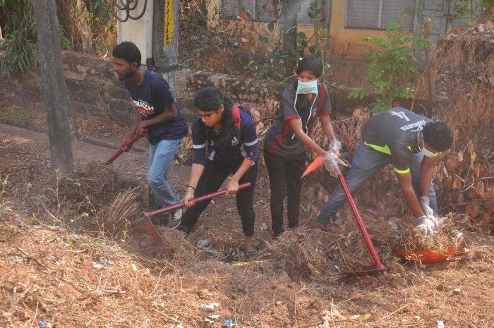 Kapikad witnesses Ramakrishna Mission's cleanliness drive