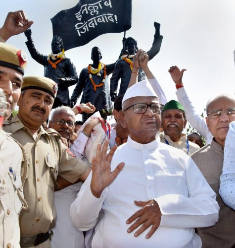 Hazare back in Ramlila Maidan with another hunger strike