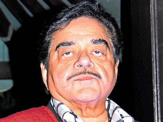 Shatrughan Sinha meets Lalu, calls him 'popular son of soil' and 'mass leader'