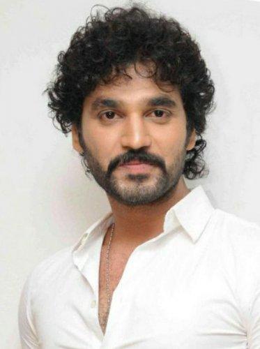 Rowdy has taken supari to kill me, claims Sandalwood actor Arjun Dev