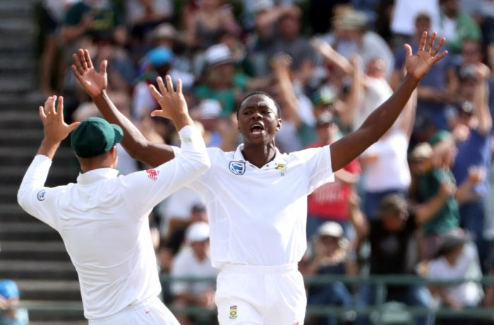 South Africa look to pounce on bleeding Aussies