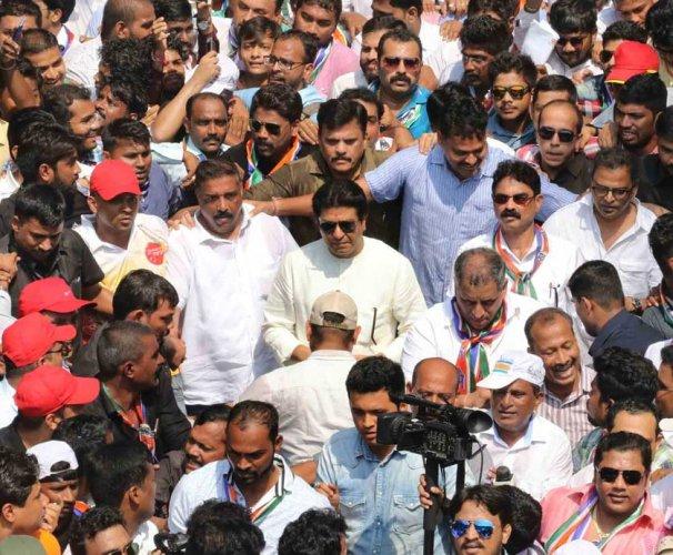 Raj Thackeray appeals to students, parents to boycott re-exam