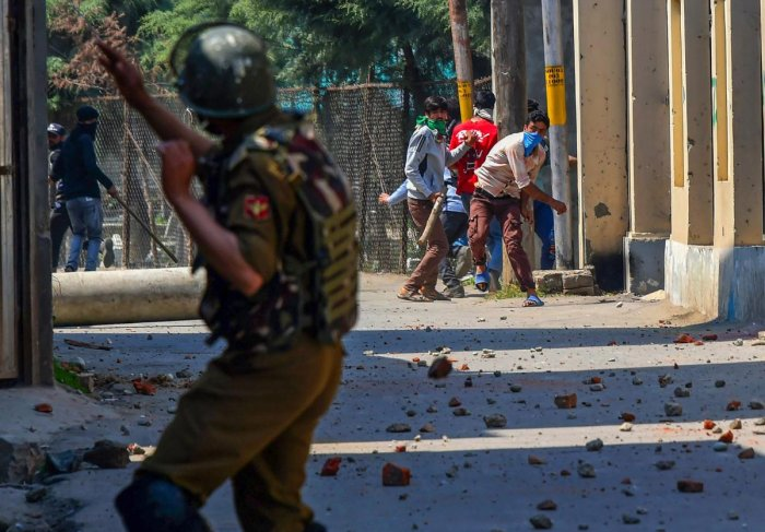 Civilian killed, dozens injured in Kashmir clashes near encounter sites
