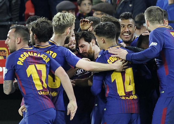 Messi to the rescue for Barca