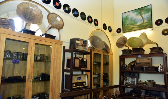 Showcasing pieces of history