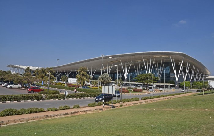 Self-security checks to improve your airport stay