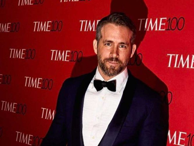 Ryan Reynolds auctions off pink 'Deadpool' suit for cancer charity