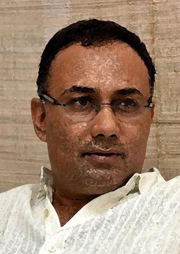 Bellandur lake issue has hit Congress image: Dinesh Gundu Rao