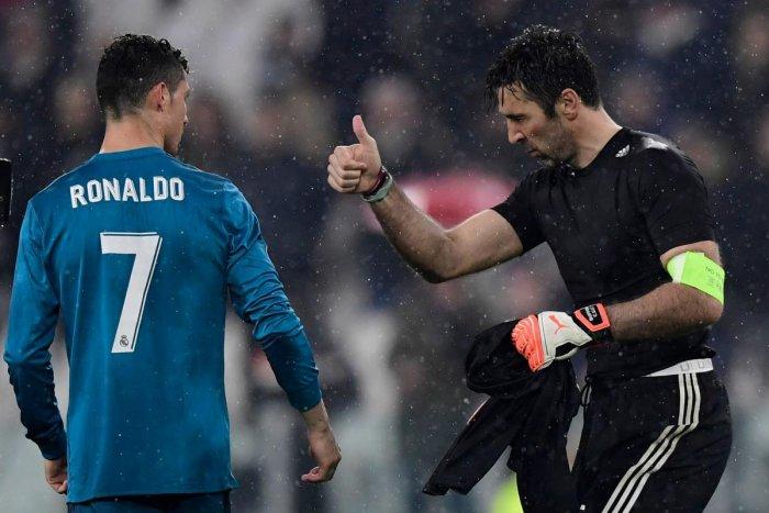 Man from Mars? Ronaldo goal earns high praise