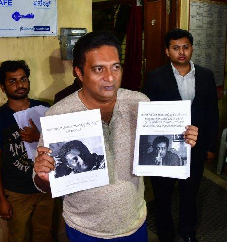 Prakash Raj files police plaint against portal for offensive articles