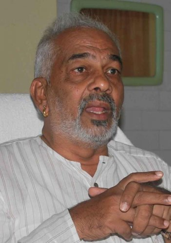 Poll code case: FIR against Manju