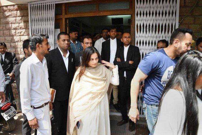Salman Khan's industry friends celebrate as actor gets bail