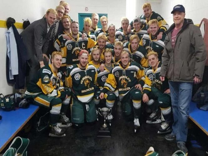 14 killed as ice hockey team bus crashes with truck in Canada