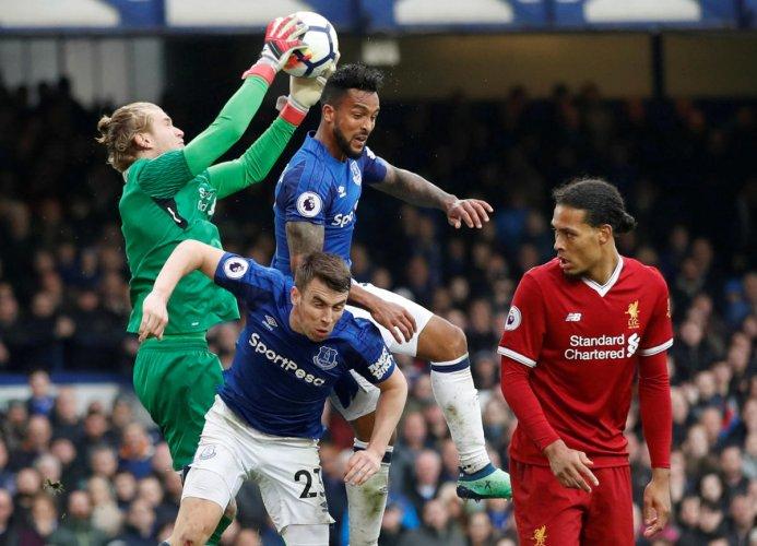 Liverpool splutter without hitman Salah