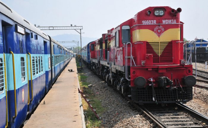 7 Rly staff suspended for running train without engine