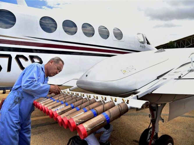 Scientists plan experiment to find out how cloud-seeding works