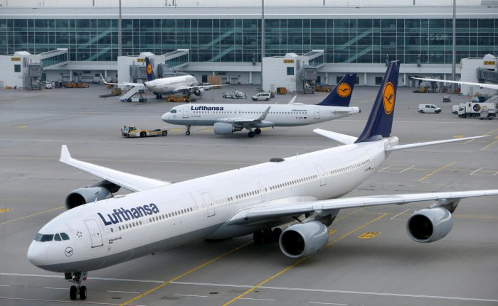 Lufthansa cancels 800 flights on Tuesday in German airport strikes