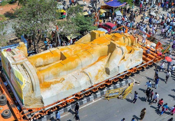 Hanuman statue movement wrecks Bengaluru roads