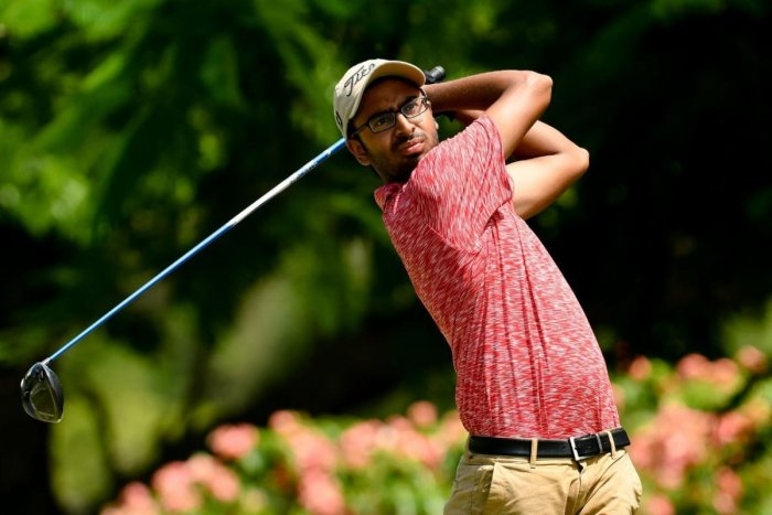 Yashas fires 68 to hit pole