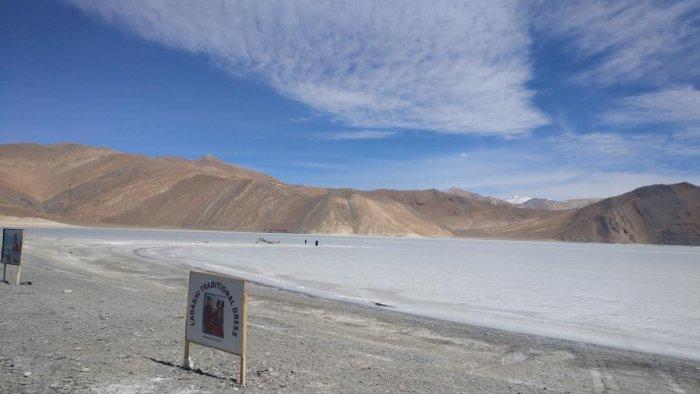 Through the roads of Ladakh