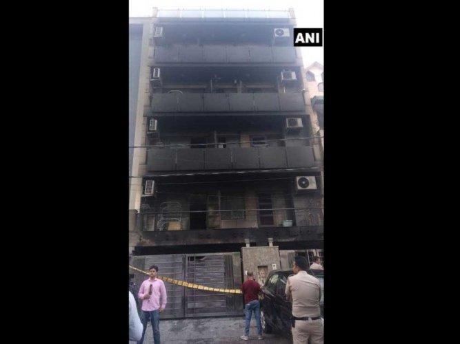 4 killed as fire breaks out in a building in northwest Delhi
