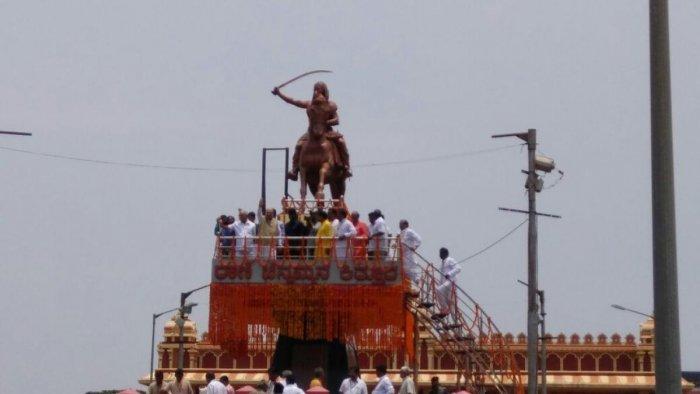 There is a BJP wave across Karnataka: Shah