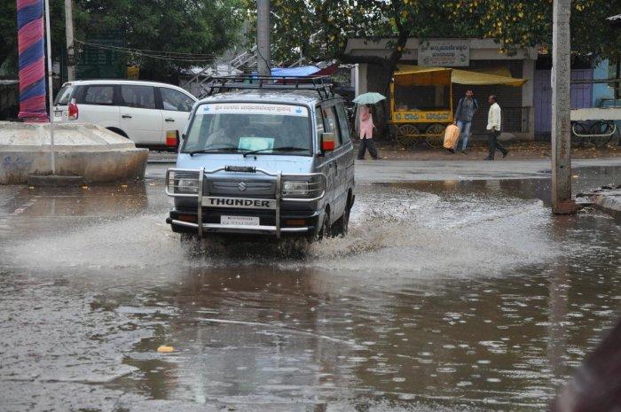 N-Karnataka dists experience thundershowers